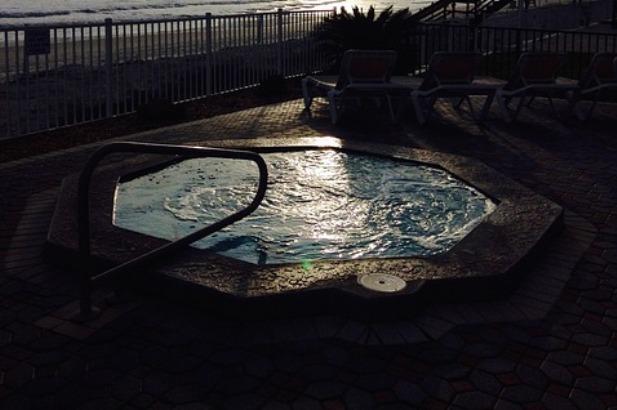 seaside-694378_640