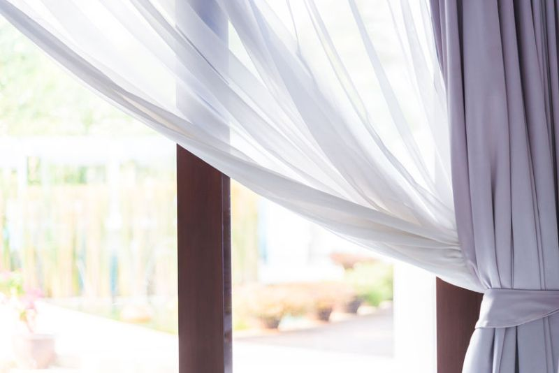37965942 - window curtain
